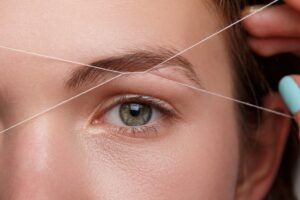 Eyebrow Threading Benefits: A Guide to Perfect Brows